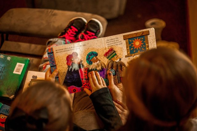7 Classics Books To Read To Your Children | Skip The Flip