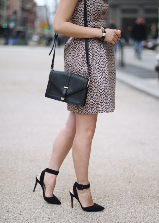Black and Leopard Print Outfit