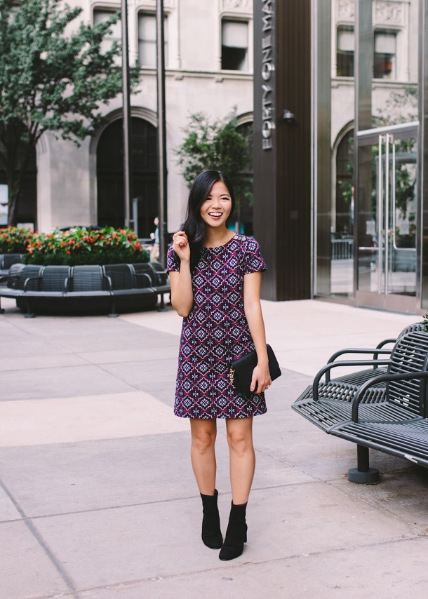 Fall Fashion 2018 / Purple Medallion Shift Dress