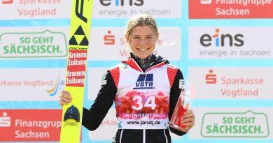 Sara Marita Kramer siegt beim Finale in Klingenthal