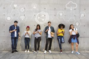 enseignement formation a distance utilisation outils numériques étudiants
