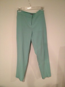 Item 3: Vince Camuto Mint Crops. I love mint. I love it. It is such a happy color, it makes you feel springy and smiley. I also love crops and these fit just perfectly.