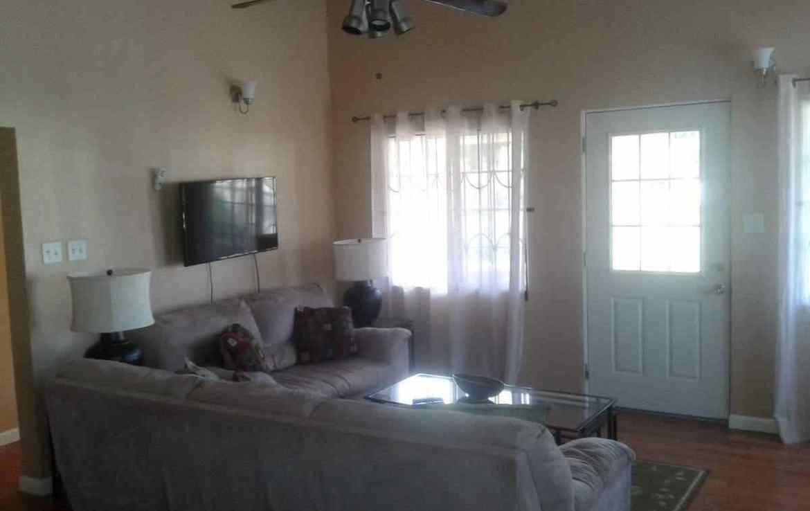 St Kitts Long term rentals, 2 Bedroom 1 bath apartment for rent, Fort Lands, St Kitts Apartment for rent