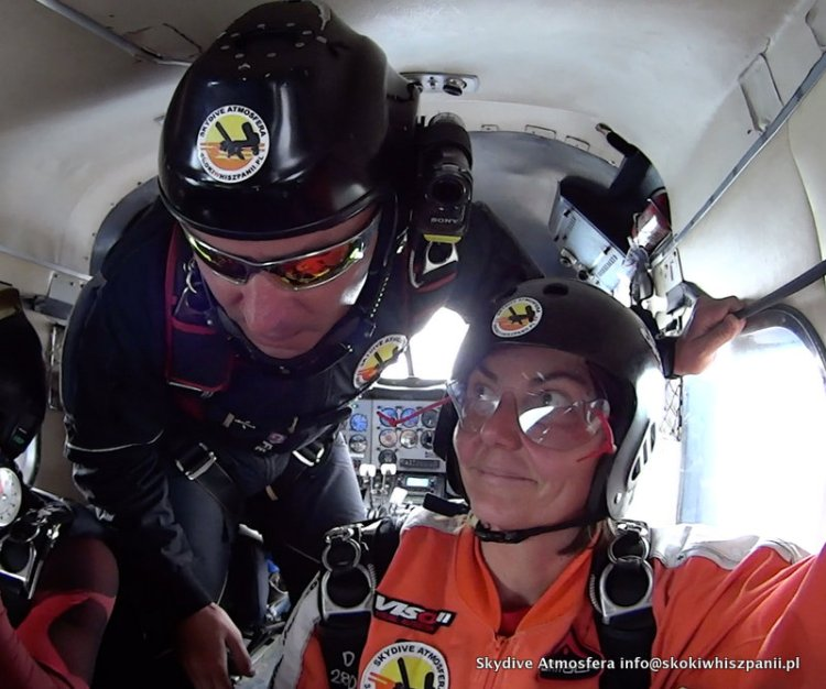skydive in spain.24