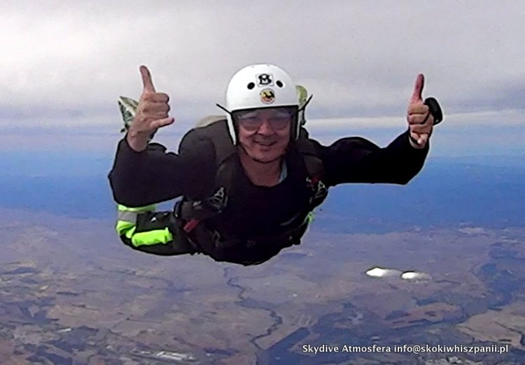 skydive in spain.46