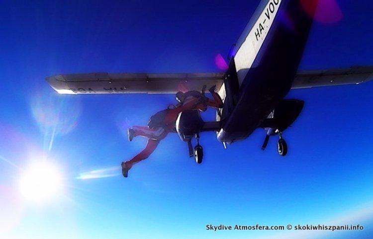 skoki spadochronowe hiszpania.15-002