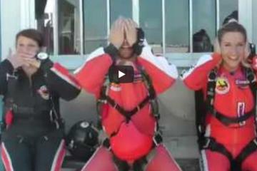 filmy spadochronowe, film z kursu AFF skydive atmosfera