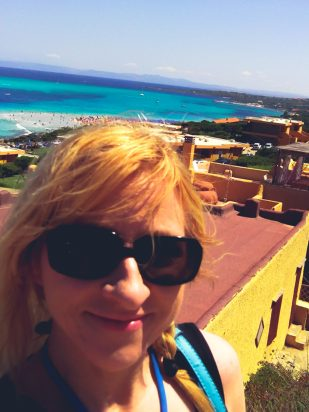 Connie Yerbic, Skonnie Music, traveling musician, Sardinian beaches
