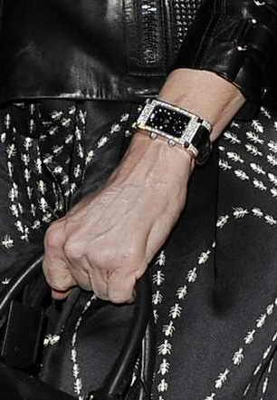 Руки Мадонны