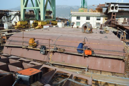 Processing of steel for the LNG-fuelled container ship/Brodosplit/PHOTO Skveranka