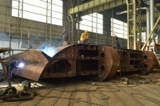 Izgradnja kobilice za Nov. 484 - Brodosplit 1. lođa NPH