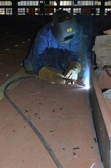 Kutno zavarivanje ukrepa na automatiziranoj liniji za izradu sklopova