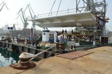 Transport prvog celicnog segmenta za Most Ciovo izgradenog u Brodosplitu. (3)