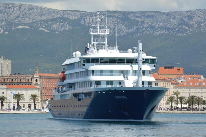 Novogradnja Brodosplit 484 HONDIUS isplovljava iz Splita na prvo putovanje u Nizozemsku