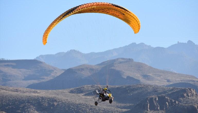 Paratrike, paramotor, parapente con motor en Maspalomas - Gran Canaria