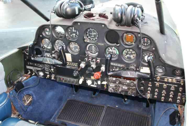 Interior Cessna 210