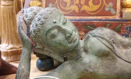 sleep buddha