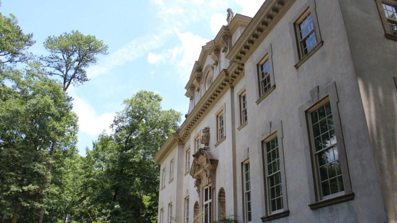 10 Facts About The Swan House in Atlanta, Georgia!
