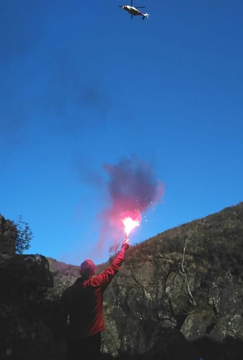 Mountain rescue flare