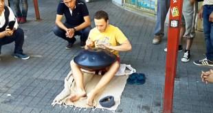 Hang Street Performer Istanbul