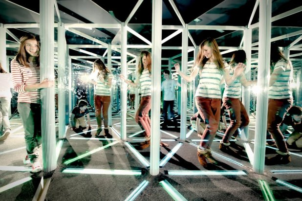 Camera Obscura Mirror Maze