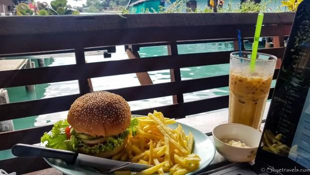 Burger Dinner in Bang Bao