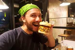 Seflie at Beast Burger (Thai and Western Food)