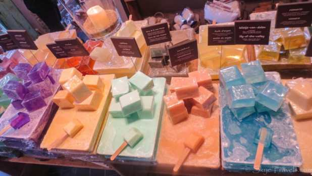 Exotic Soaps in Bubbles at Home