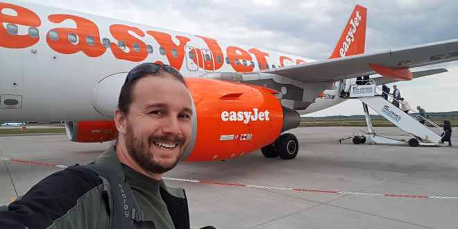 Selfie Boarding Easijet at Inverness