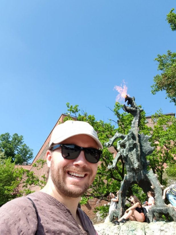 Selfie with the Dragon of Krakow