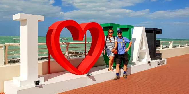 Selfie with Luisa at I Love UAE Sign