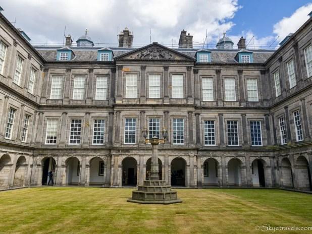 Holyrood Palace Quadrangle