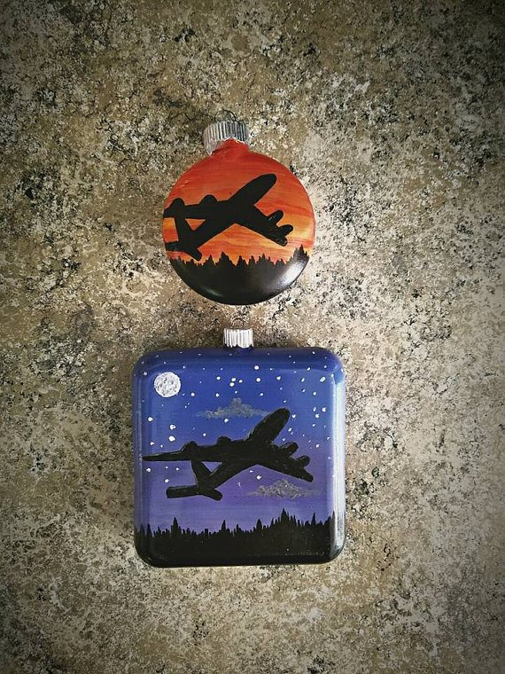 Pilot Gift Ideas - customised ornament
