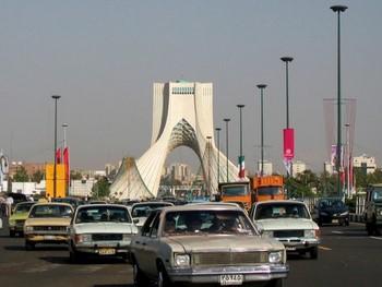 Teheran - bynajmniej nie sprzed 20 lat, to jest zdjęcie współczesne!