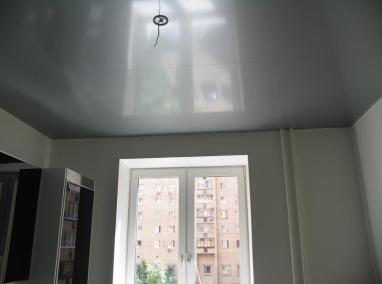 Одноуровневые натяжные потолки (5)