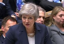 PM urges UK to put Brexit differences aside and 'turn corner' in 2019