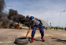 Fuel price protests in Zimbabwe turn deadly