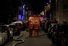 "Seven people died and another was seriously injured in a fire which ripped through a building in a wealthy Paris neighbourhood on Monday night, the fire service said. The blaze in the French capital's trendy 16th arrondissement also left 27 people -- including three firefighters -- with minor injuries. ""The toll could still increase because the fire is still in progress on the 7th and 8th floors"" of the eight-storey block, fire service spokesman Captain Clement Cognon told AFP at the scene. Described by firefighters as a ""scene of incredible violence"", the blaze started at about 1:00 am (0000 GMT). Its cause is so far unknown. AFP / AFP Map locating a building blaze in Paris where seven people have died overnight Monday Some of those affected scrambled on to nearby roofs to escape the smoke and flames, and needed to be rescued by fire crews. With landmarks including the Trocadero overlooking the Eiffel Tower, Paris Saint-Germain's home stadium the Parc des Princes, the picturesque Bois de Bologne and an array of upmarket shops and restaurants, the area in the capital's southwest is popular with tourists. Captain Cognon added: ""We had to carry out many rescues, including some people who had taken refuge on the roofs. Thirty people were evacuated on ladders."" At approximately 5:00 am (0400 GMT), fire crews had finished evacuating the block on rue Erlanger but were still fighting the flames. Two adjacent buildings were also evacuated as a precaution and local officials were on site to help find housing for residents who could not go back to their homes. Around 200 firefighters were still at the scene in the early hours of Tuesday, battling the blaze and treating the injured. AFP / Geoffroy VAN DER HASSELT Around 200 firefighters were still at the scene in the early hours of Tuesday, battling the blaze and treating the injured Several streets of the chic neighbourhood were cordoned off by police and fire crews, and an AFP journalist said a strong smell of smoke was in the air. In late December, two women and two girls died from asphyxiation in a fire that broke out in a public housing block in a suburb northeast of Paris. And in January a gas explosion followed by a fire killed four people in the 9th arrondissement."