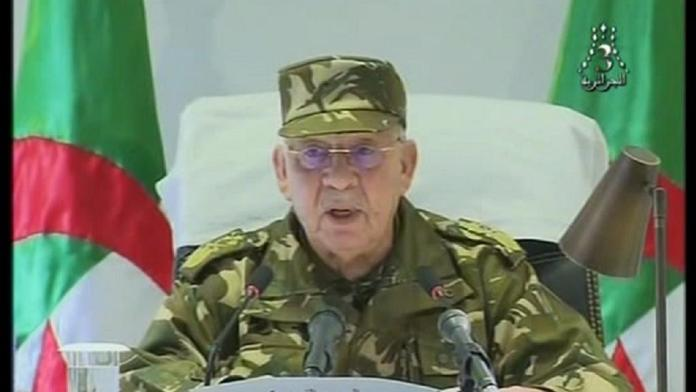 Algeria army chief calls for Bouteflika to be 'ousted'