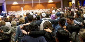 Rabbi wounded in US synagogue shooting says Jews won't be cowed