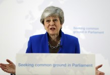 May's final bid to salvage Brexit deal appears doomed