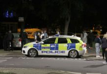 Ten arrests after two teenagers killed in London within minutes