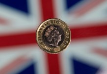 Pound resumes slide at start of key Brexit week