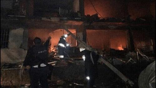 مقتل خمسة وإصابة 39 بانفجار سيارة مفخخة في ديار بكر