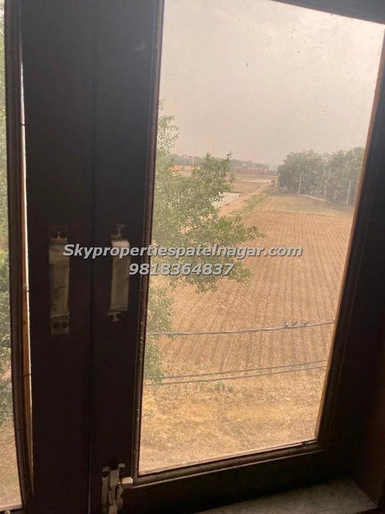 Single Room in west Patel Nagar Delhi