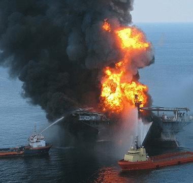 oil-rig-explosion-618704_640