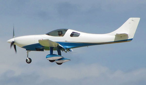 Lancair Barracuda in flight