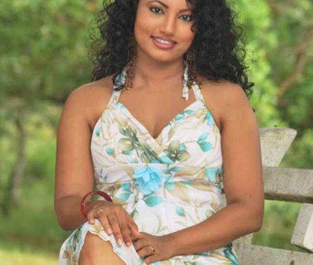 Top Sri Lankan Actress Legs Feet Pictures
