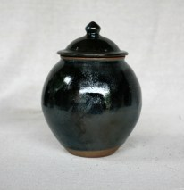 Svend Bayer 24. Lidded Jar, kaki glaze with wood ash, 26 x 20 cm £215