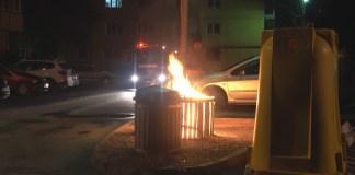 felgyújtott szemetes konténer